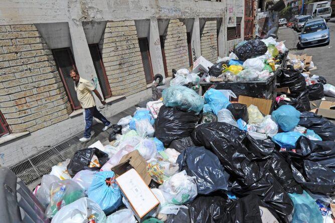 Śmieci w Neapolu