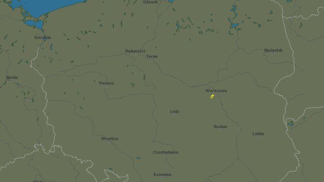 Burze nad Polską o godzinie 17.35 (blitzorung.org)